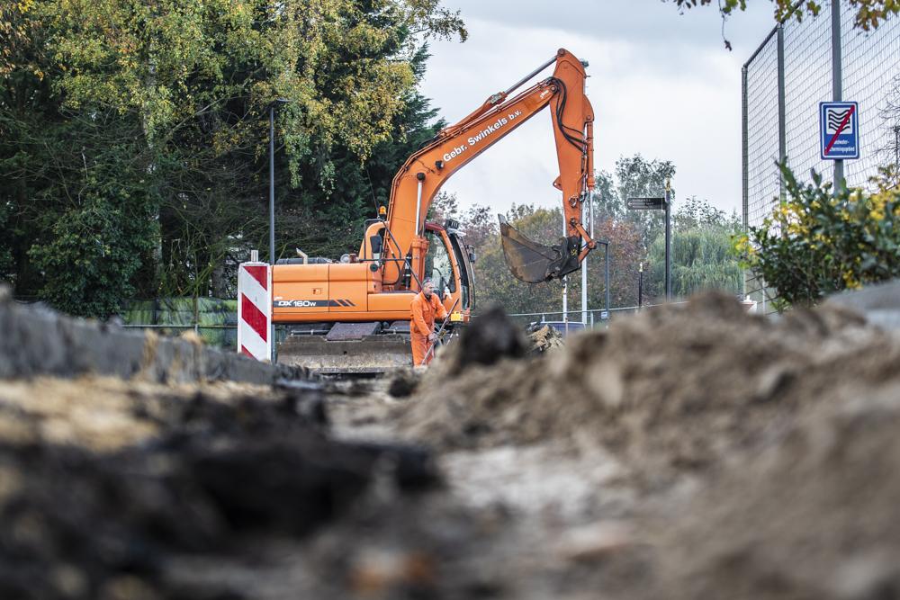 Bouwrijp maken grond voor nieuwbouw Dr.-Knippenbergcollege